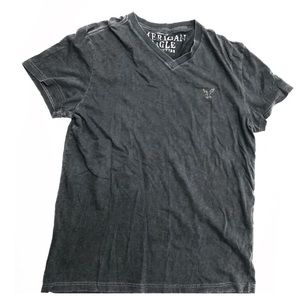 American Eagle Charcoal Gray V Neck T Shirt | L